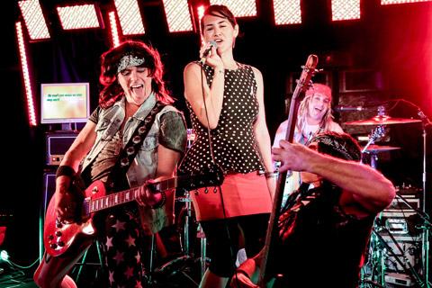 best-of-live-band-karaoke-photos5